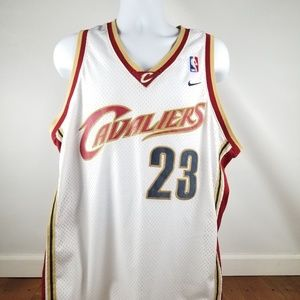 NIKE Cleveland Cavaliers LEBRON JAMES  Jersey XL